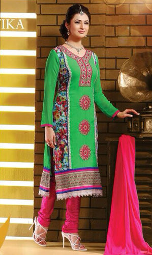 Divyanka Tripathi Green Georgette Suit